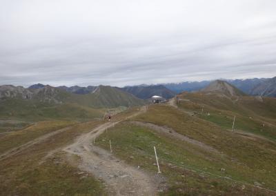 nur-noch-downhill-nach-samnaun_TAR-Etappe-3-6189695_o