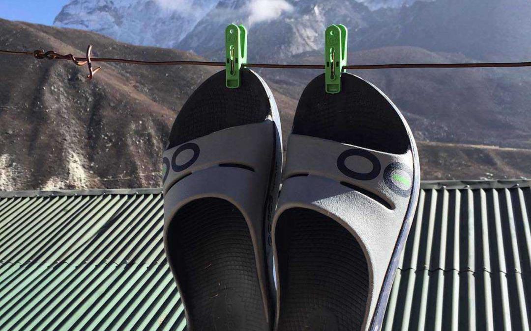 Oofos – Recovery Sandale für müde Füße