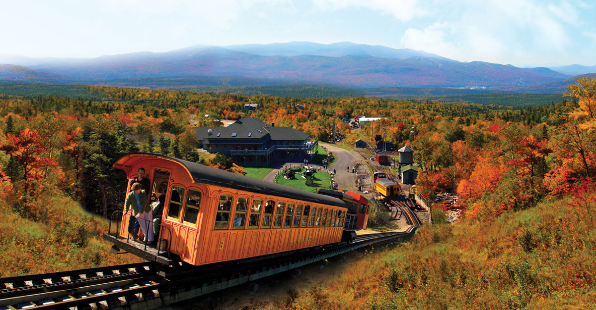 Indian Summer-Cog Railway im Indian Summer (c) Mount Washington Cog Railway