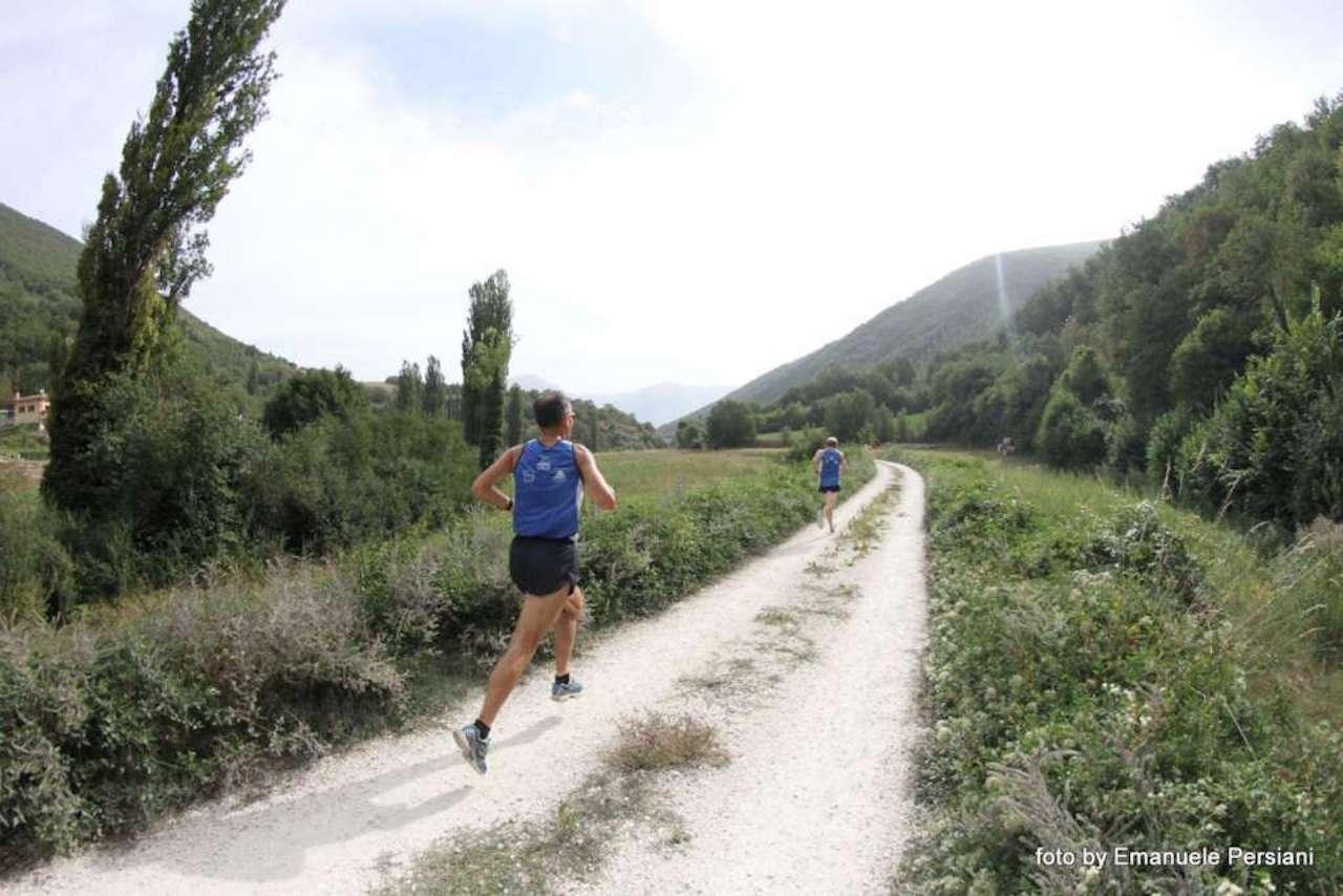 trail-del-pastore-visso-maratona-gara-non-competitiva-1024×683