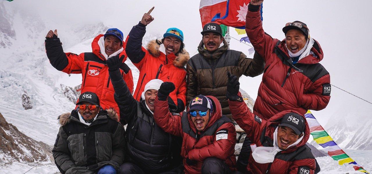 Winterbesteigung des K2 geglückt