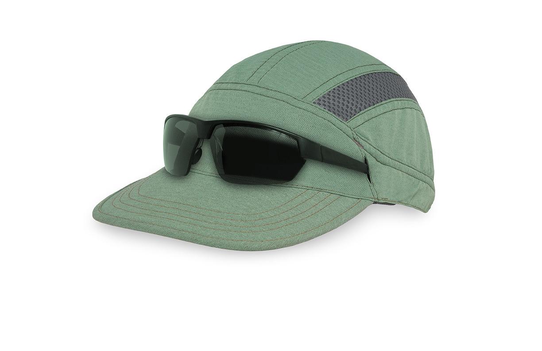 ultra-trail-cap-eucalyptus-front-glasses-ss21-LR