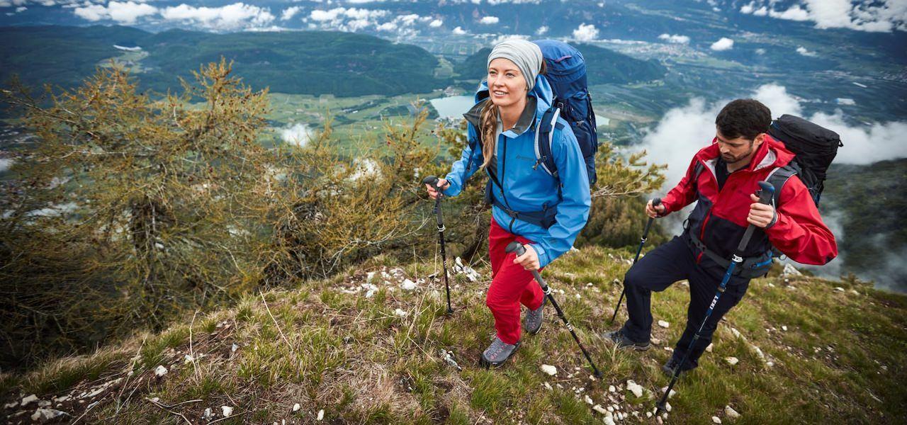 Jacke und Hose für den Trekking-Frühling